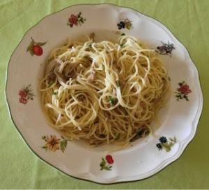 Espaguetis con setas al ajillo