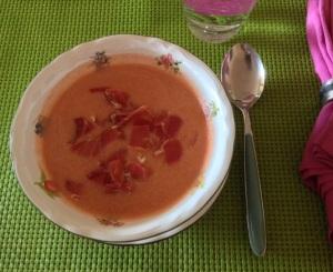 Gazpacho con jamón estilo Cristina