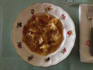 Endibias con bacón y salsa de naranja