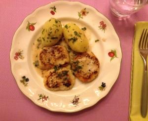 Merluza a la plancha con salsa de limón
