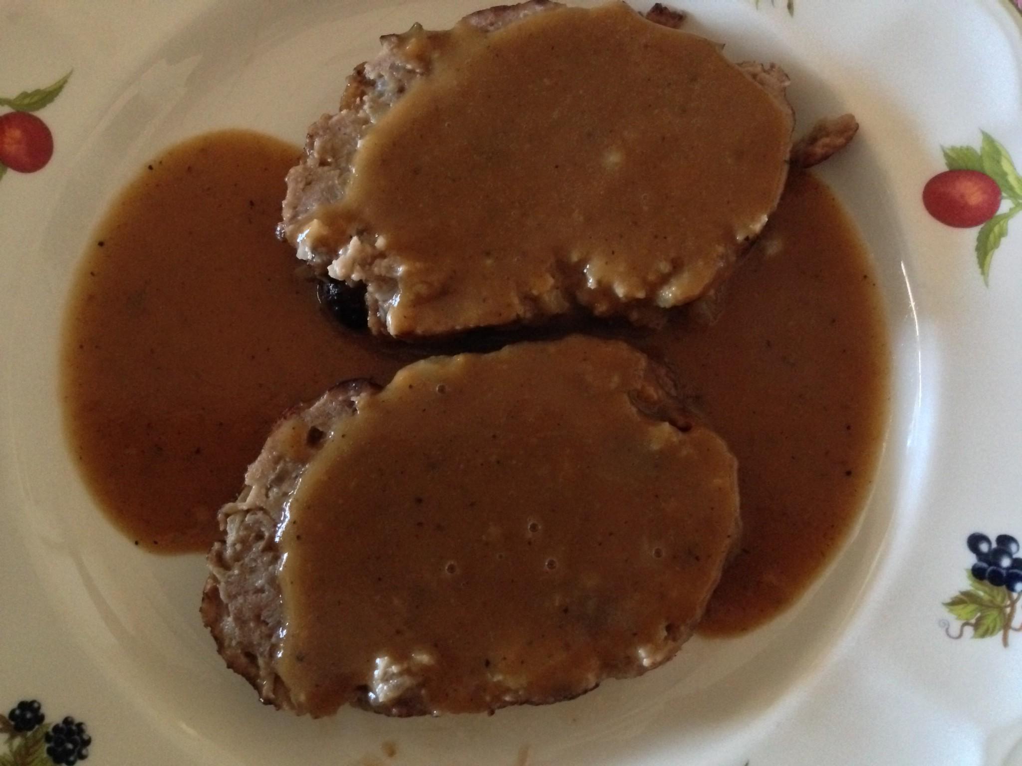 Rollo de carne picada con manzana y pasas principiantes entre fogones - Salsa para relleno de carne ...