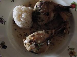 Muslos de pollo asados con arroz