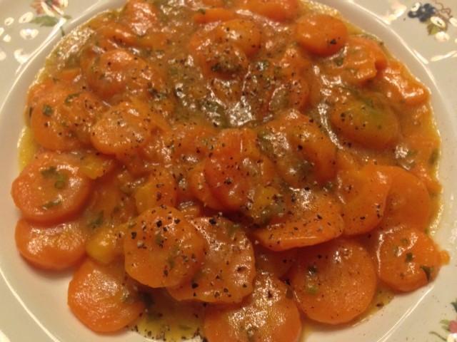 Zanahorias con cebolla y pimienta negra